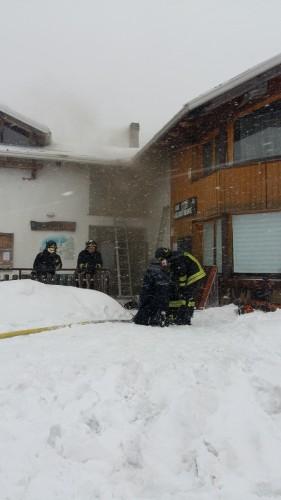 Incendio centro Fondo Bobbio 04-03-2017
