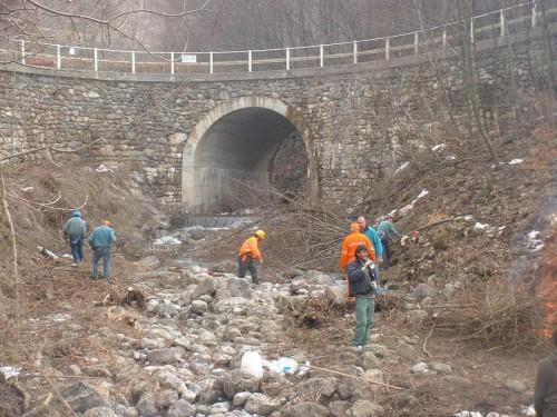 Fiumi puliti 02.03.2004